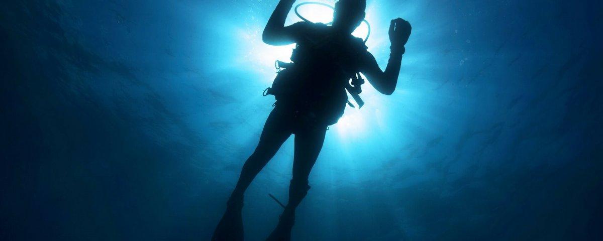 diver-108881_1920